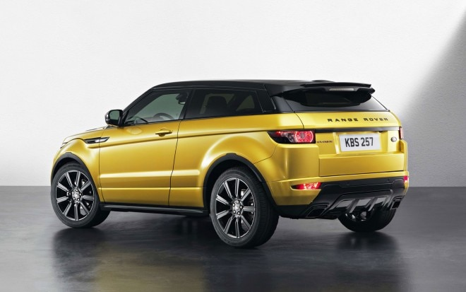 Range Rover Evoque Black Pack Left Rear Angle1 660x413