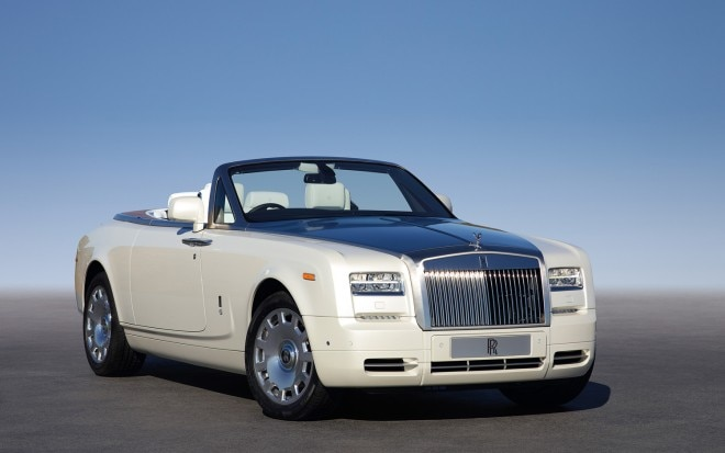 Rolls Royce Phantom Series II Drophead Coupe Right Front1 660x413