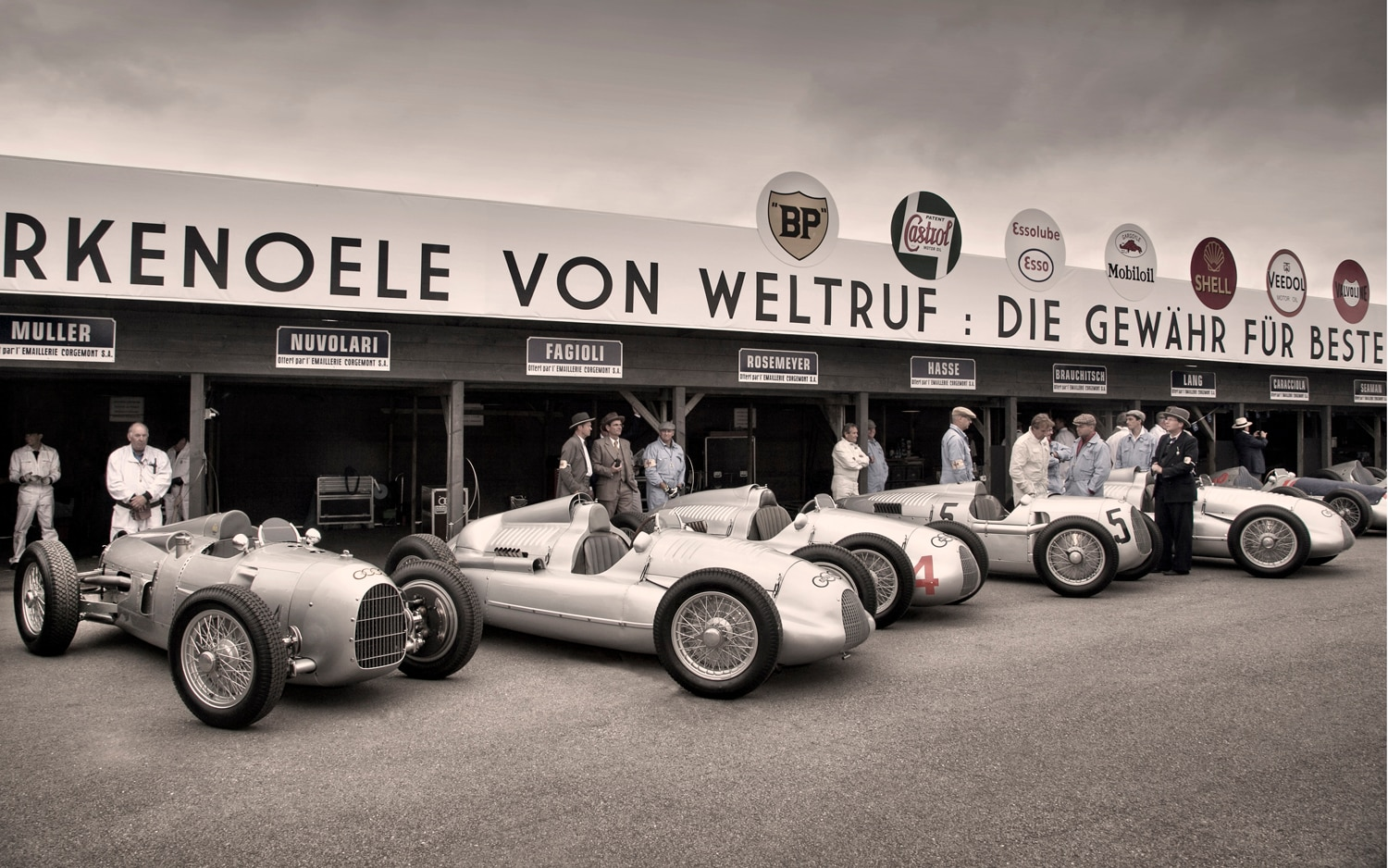 Silver Arrows Lined Up1
