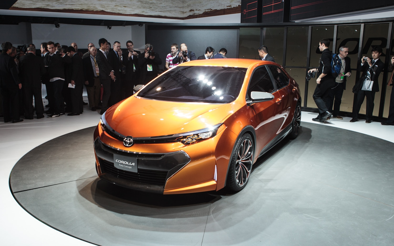 Toyota Corolla Furia Concept Front Left View 21