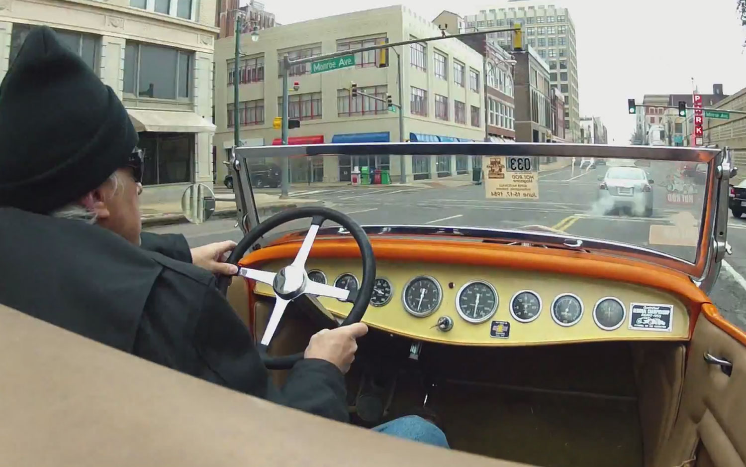 1932 Ford Roadster Dashboard Driving1