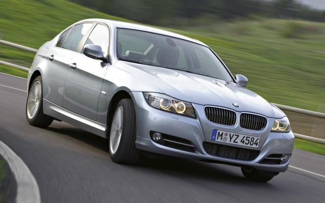 2011 BMW 335i Sedan1 660x413