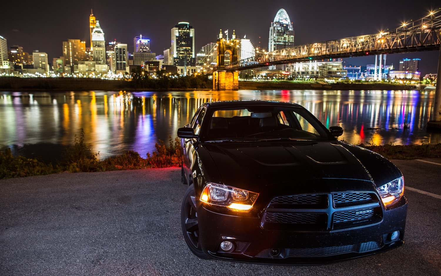 2012 Dodge Charger SXT Plus Front View1