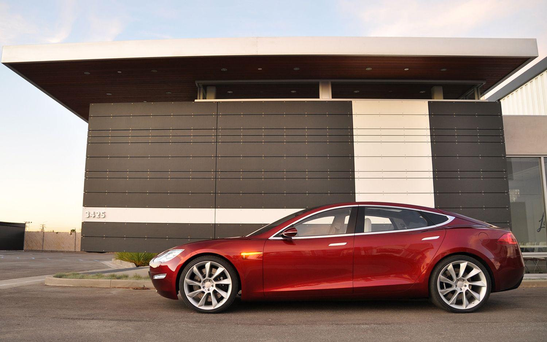 2012 Tesla Model S Side Profile1