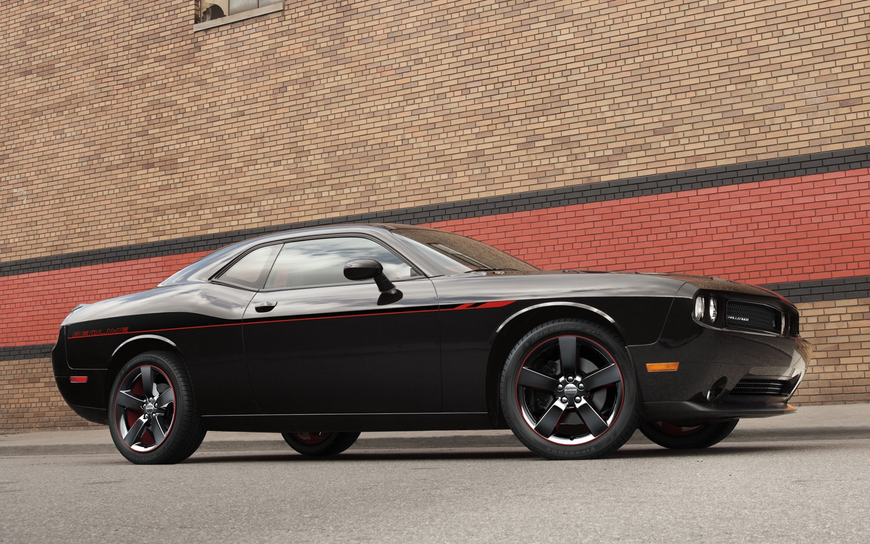 2013 Dodge Challenger RT Redline Front Three Quarter Low1