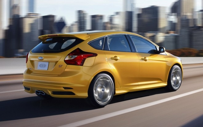2013 Ford Focus ST Rear Three Quarter1 660x413