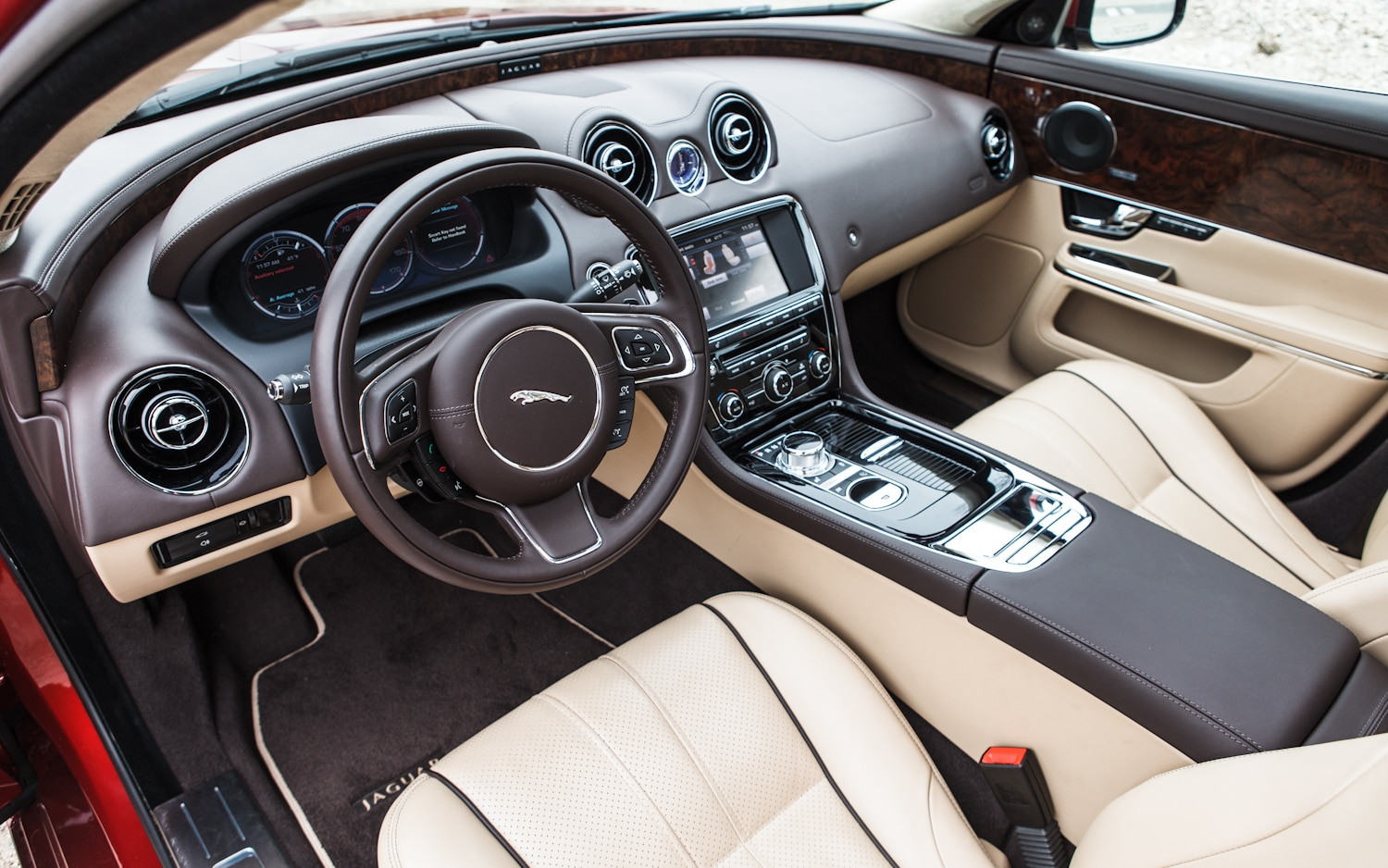 2018 jaguar xj interior. Fine Jaguar Someone  Throughout 2018 Jaguar Xj Interior