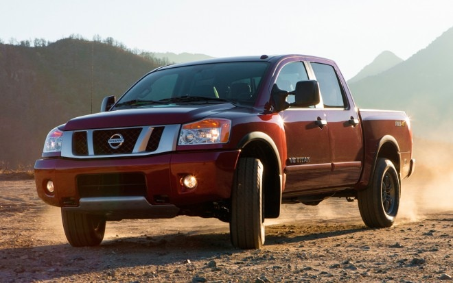 2013 Nissan Titan Front Three Quarter1 660x413