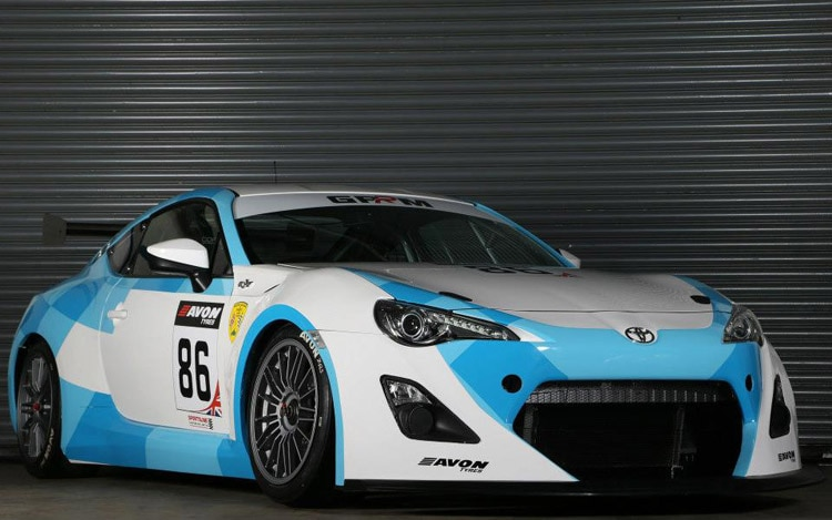 2013 Toyota GT86 GT4 Front Three Quarter1