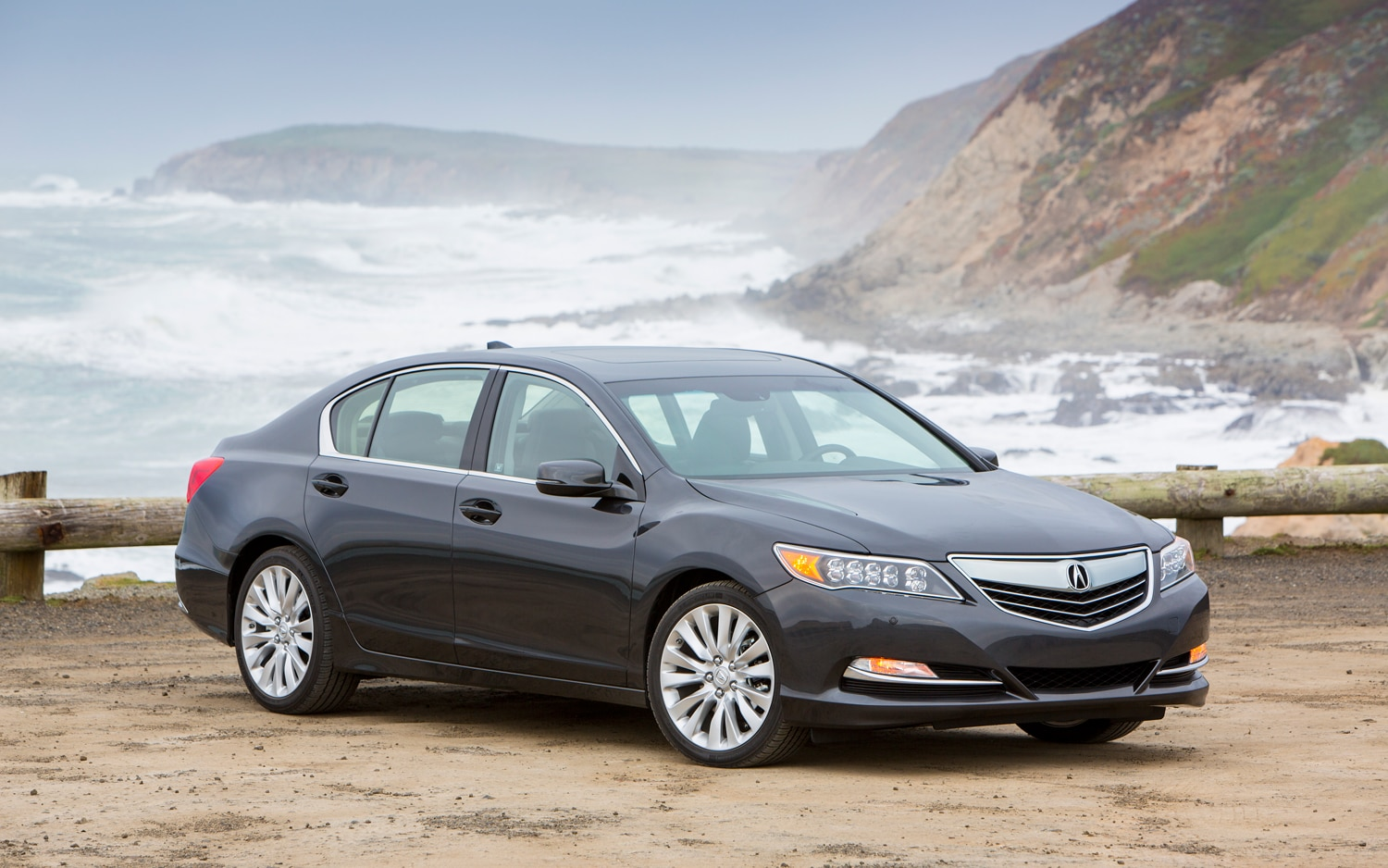 2014 Acura RLX Front Three Quarter Static 21
