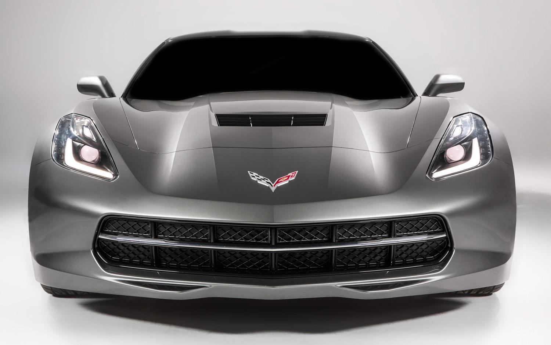 2014 Chevrolet Corvette Front View1