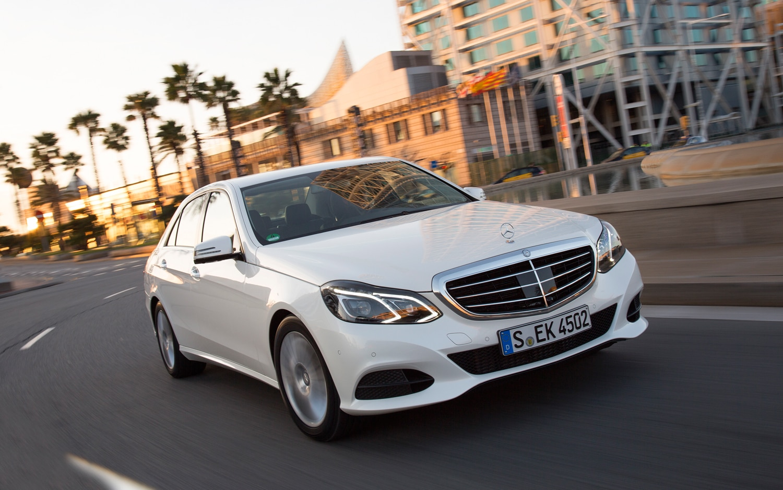 First drive 2014 mercedes benz e class automobile magazine for Mercedes benz e 2014