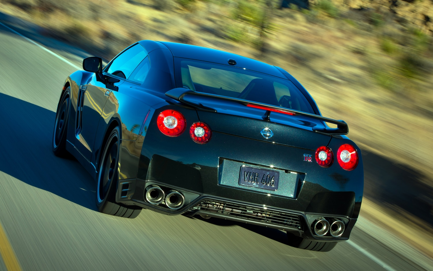 2014 Nissan GT R Track Edition First Look
