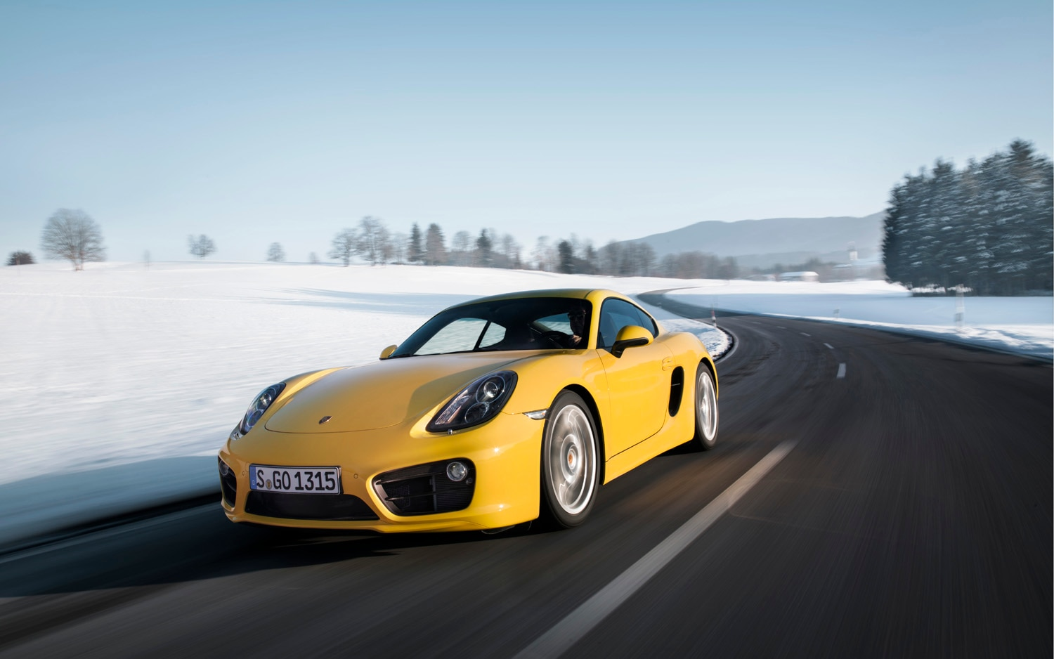 2014 Porsche Cayman S Front Left View 41