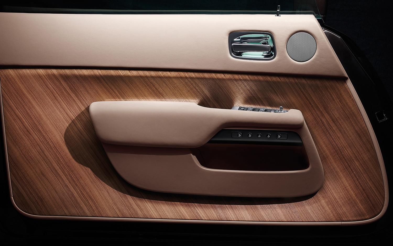 2014 Rolls Royce Wraith Door Panel2