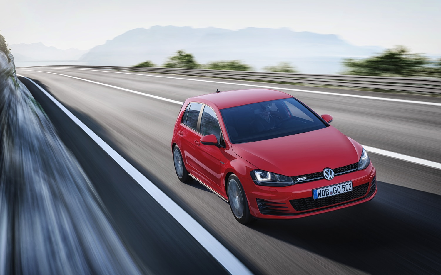 2014 Volkswagen Golf GTD Front End In Motion1