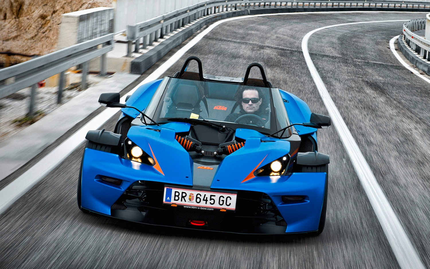KTM Xbow GT Front Motion1