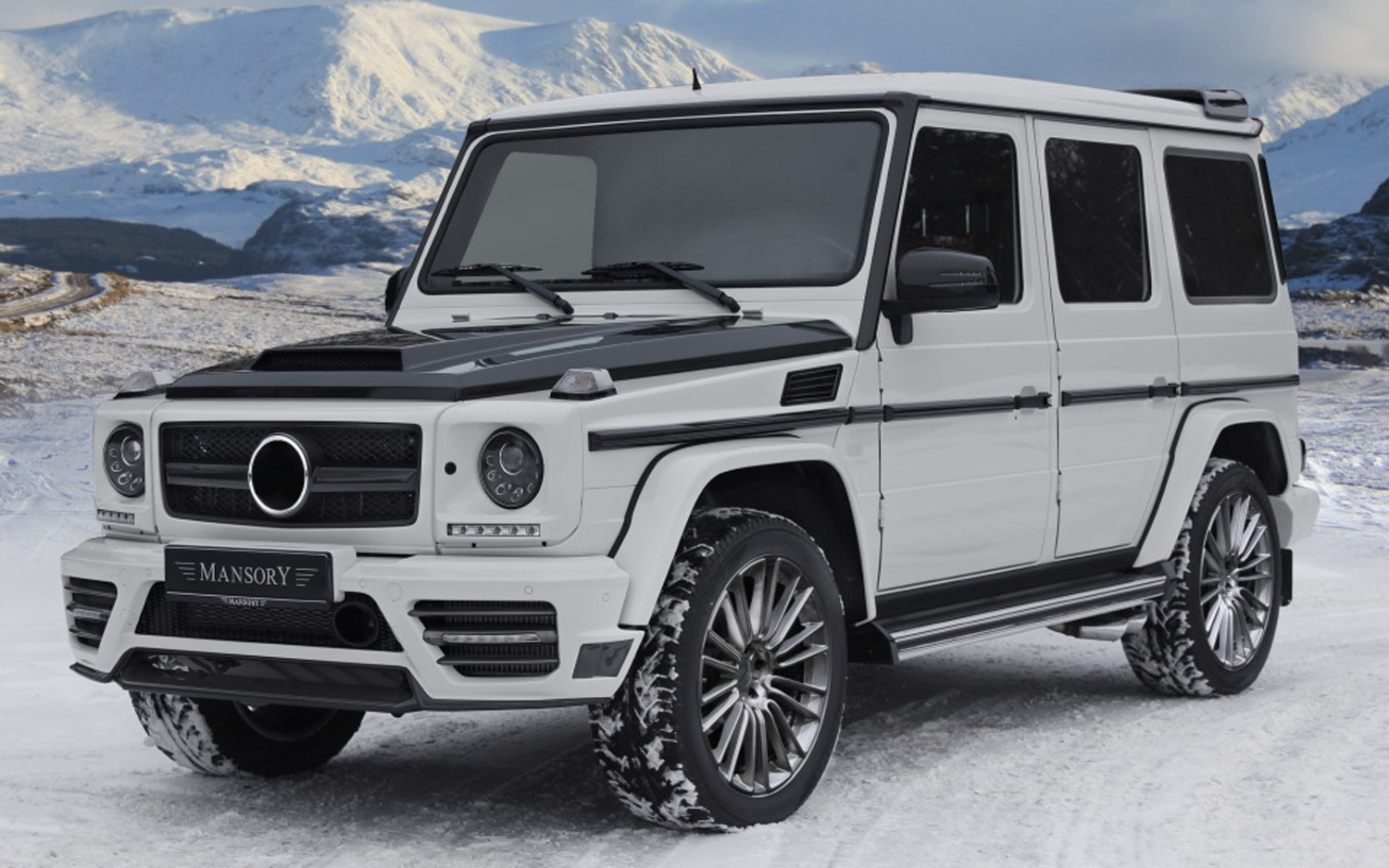 Mansory Mercedes Benz G Class Front Three Quarters View1