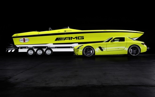 Mercedes Benz AMG Cigarette Boat And SLS E Cell 11 660x413