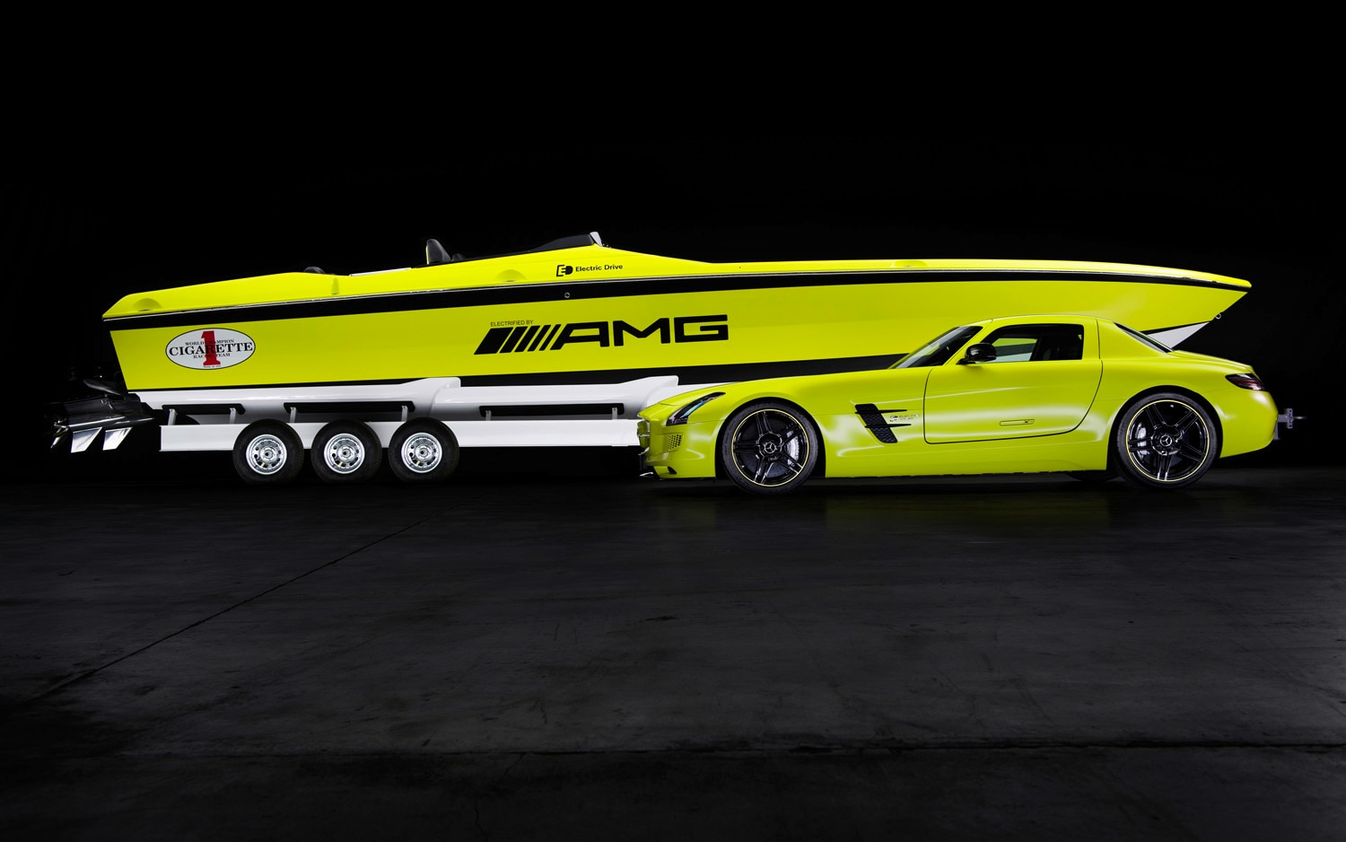 Mercedes Benz AMG Cigarette Boat And SLS E Cell 11