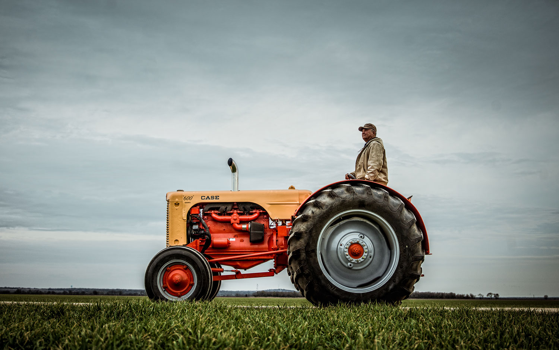 Ram Super Bowl 2013 Ad Case Tractor1