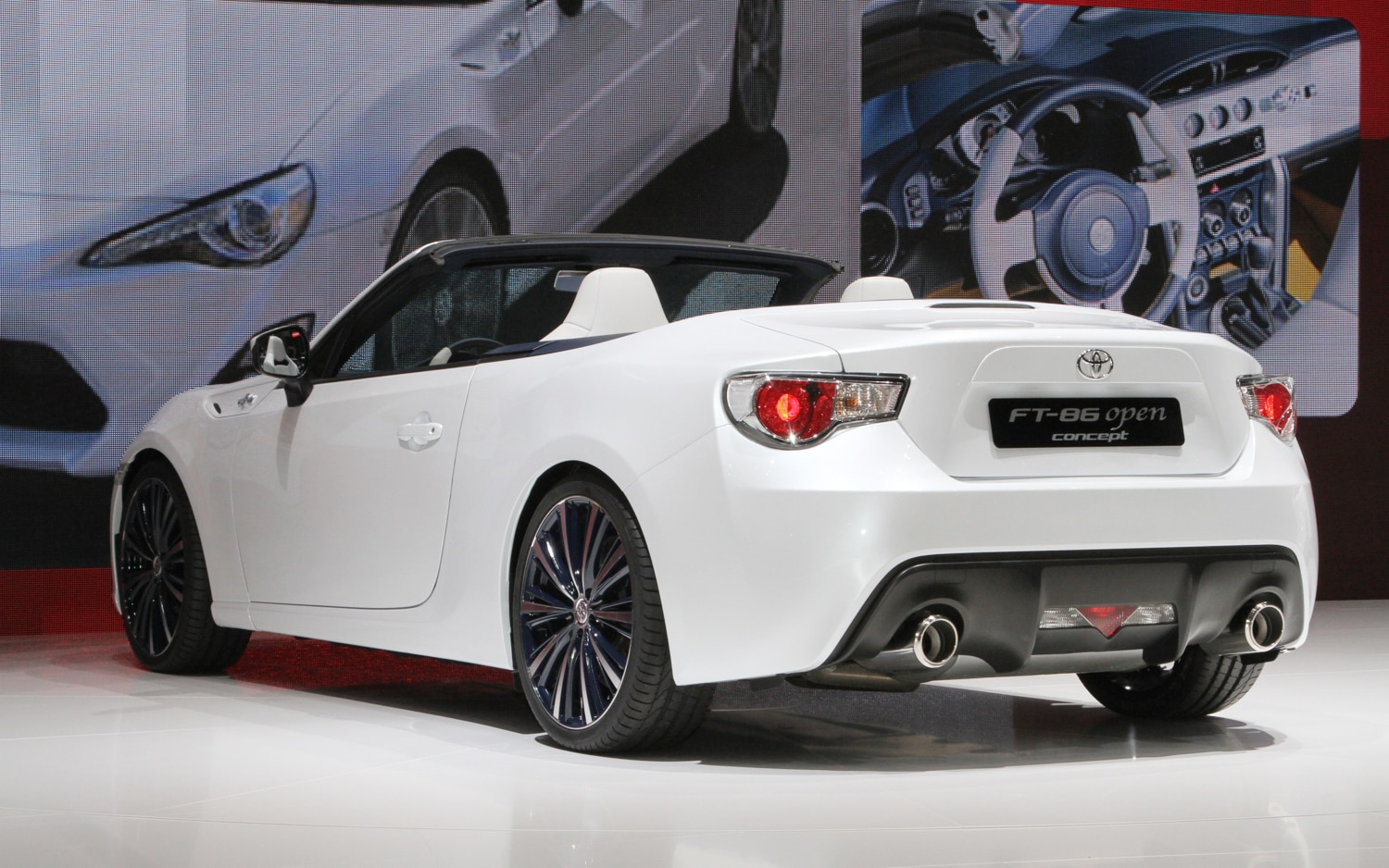 toyota ft 86 open concept loses its top early leaks ahead of geneva. Black Bedroom Furniture Sets. Home Design Ideas