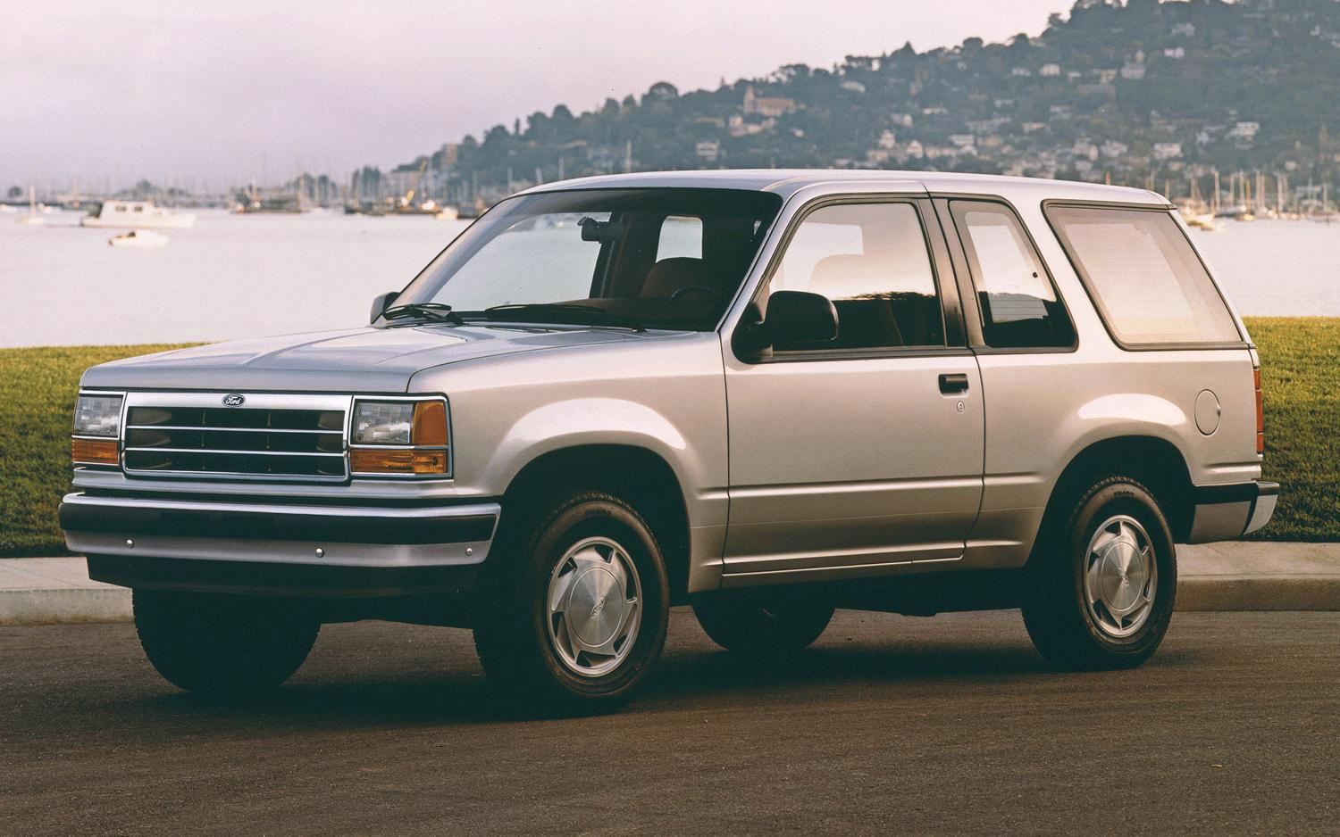 1991 Ford Explorer Front Left View1
