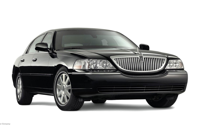 2005 Lincoln Town Car1