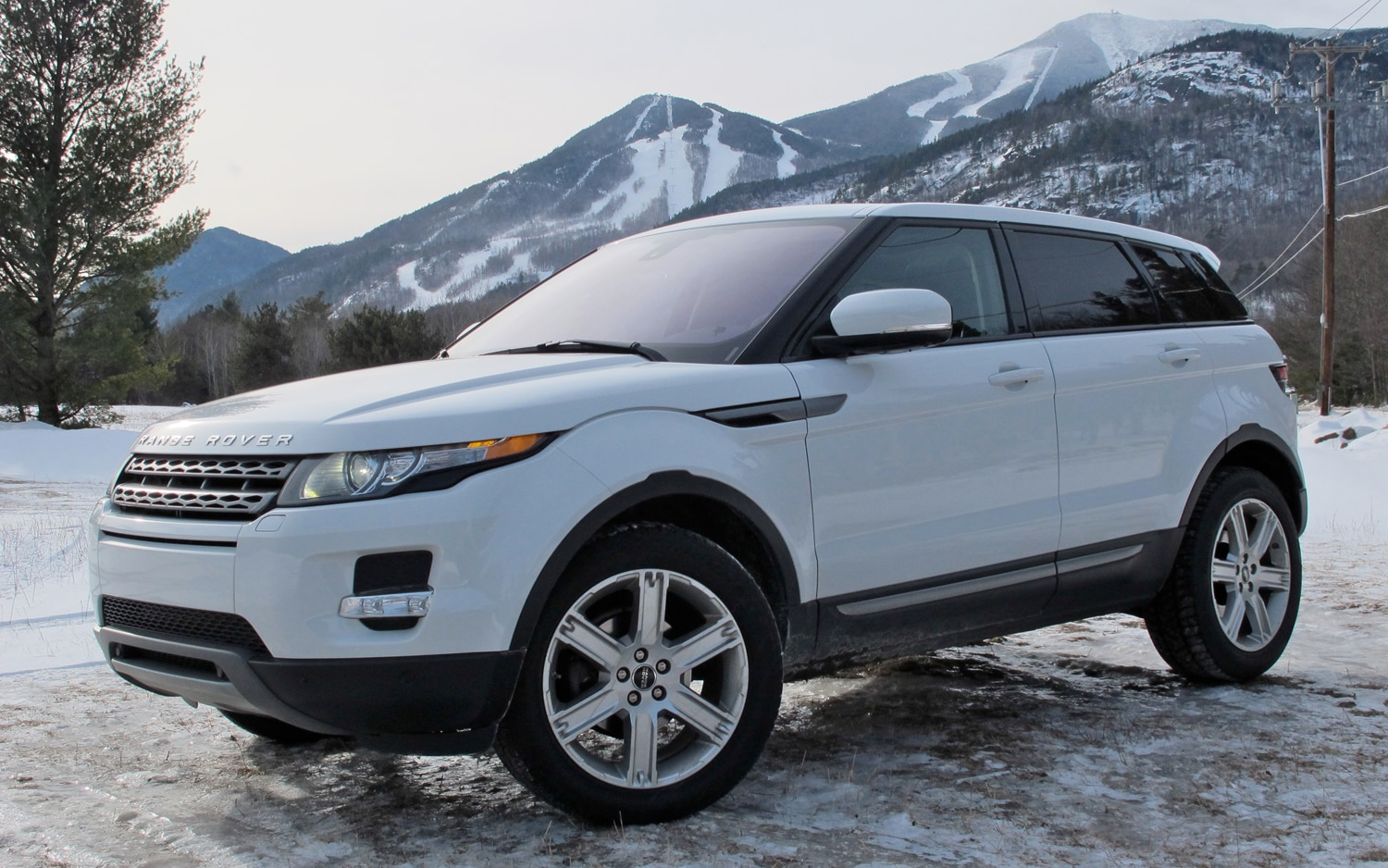 2012 Land Rover Range Rover Evoque Front Left Side View