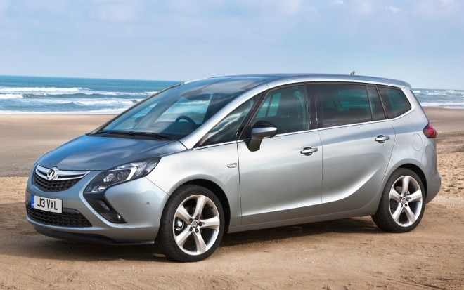 2012 Opel Zafira Tourer Left Front Angle1 660x413
