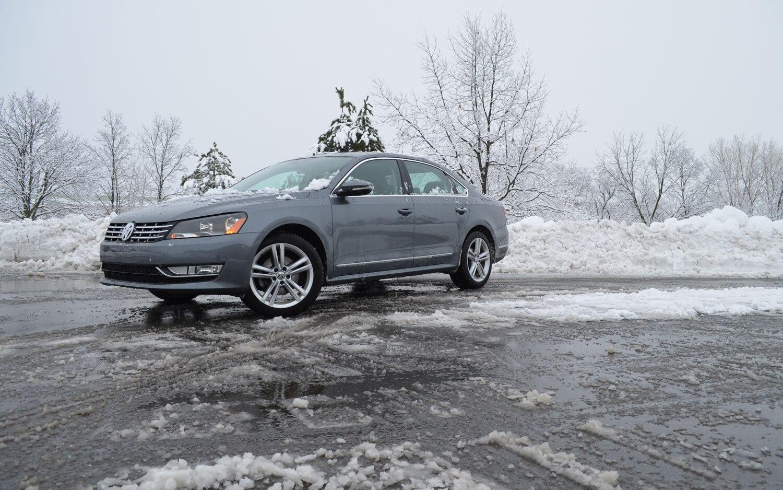 2012 Volkswagen Passat TDI Front Left Side View1
