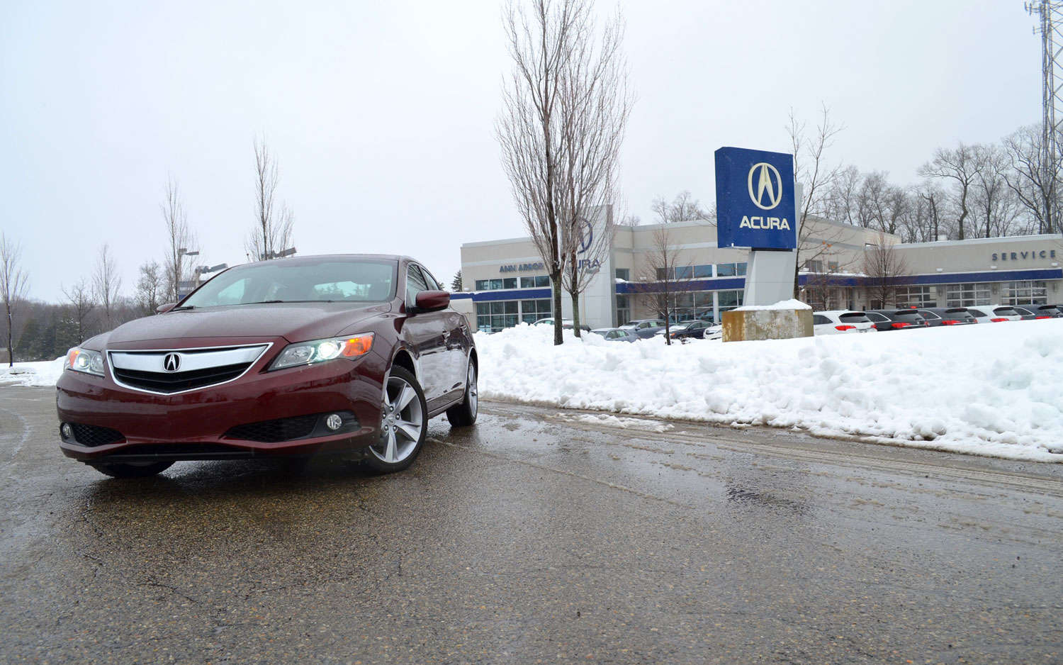 2013 Acura ILX Fornt Left View1
