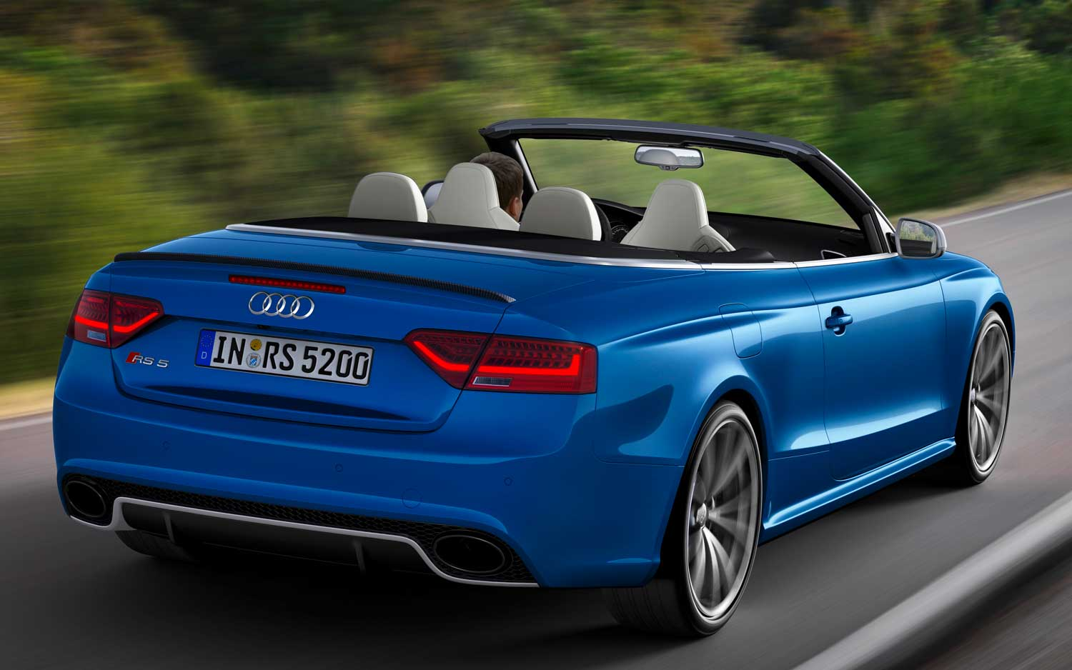 drop top fun 2013 audi rs 5 cabriolet to cost 78 795. Black Bedroom Furniture Sets. Home Design Ideas