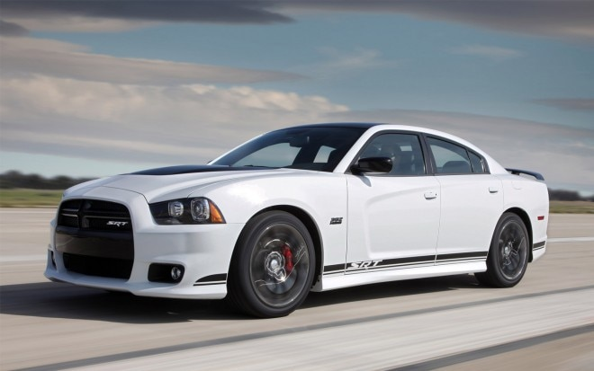 2013 Dodge Charger SRT8 392 Front Three Quarter1 660x413
