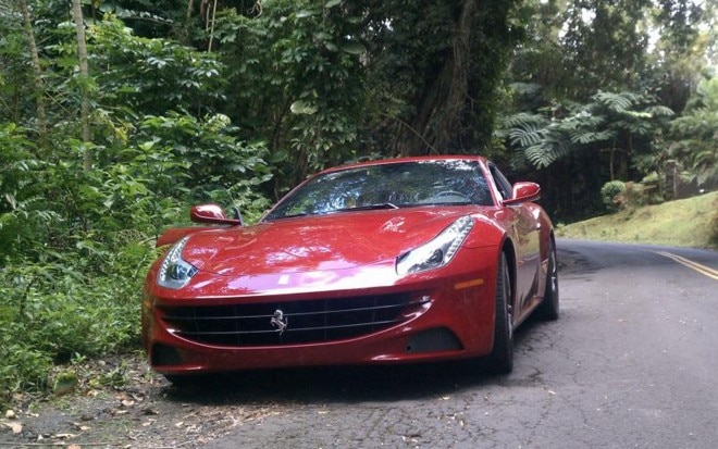 2013 Ferrari FF Front View1 660x413