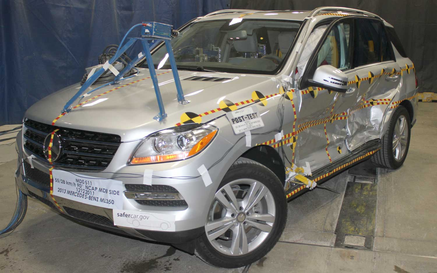 2013 Mercedes Benz ML Class Front Side View NHTSA1