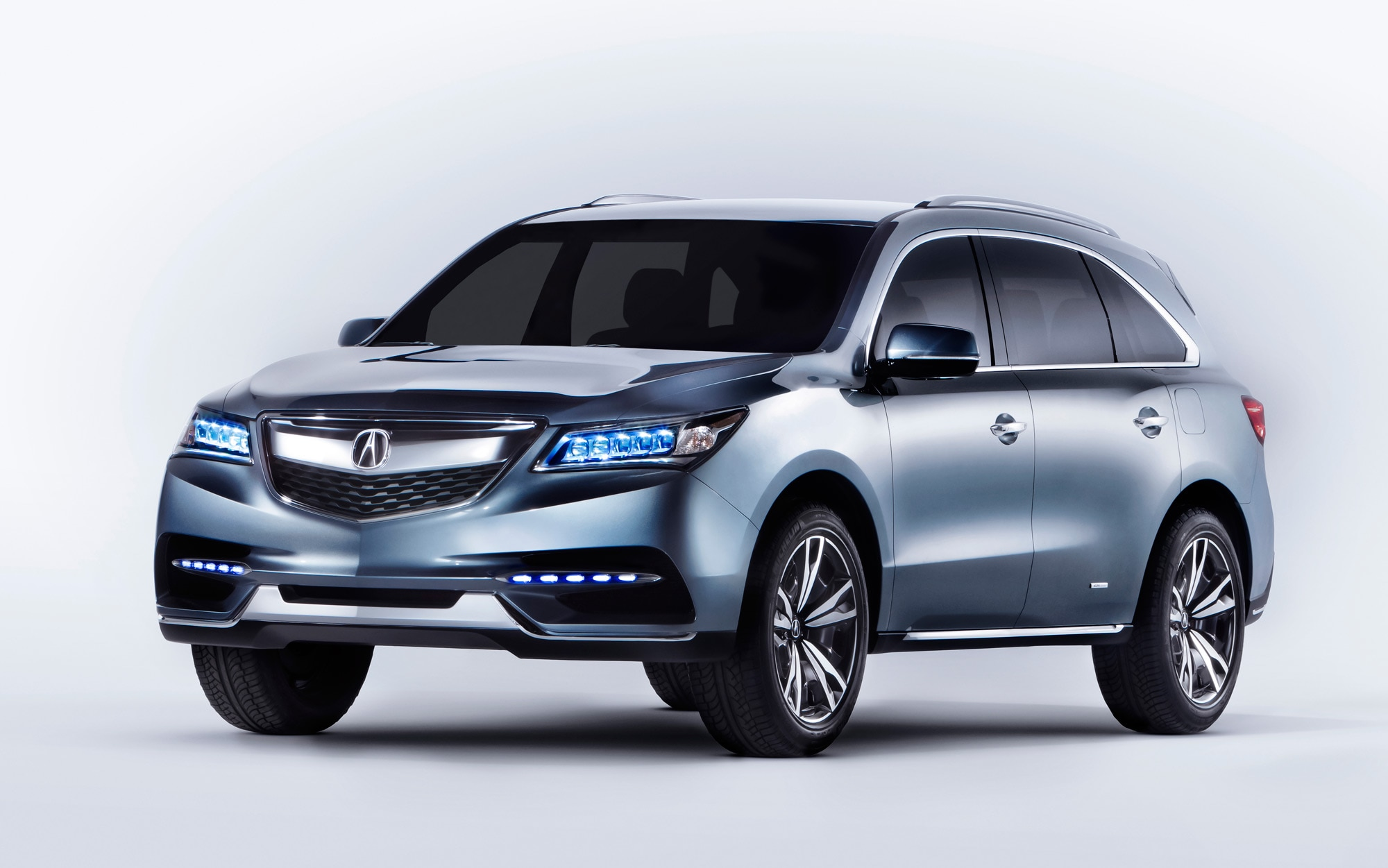 2014 Acura MDX Prototype Front Three Quarter1