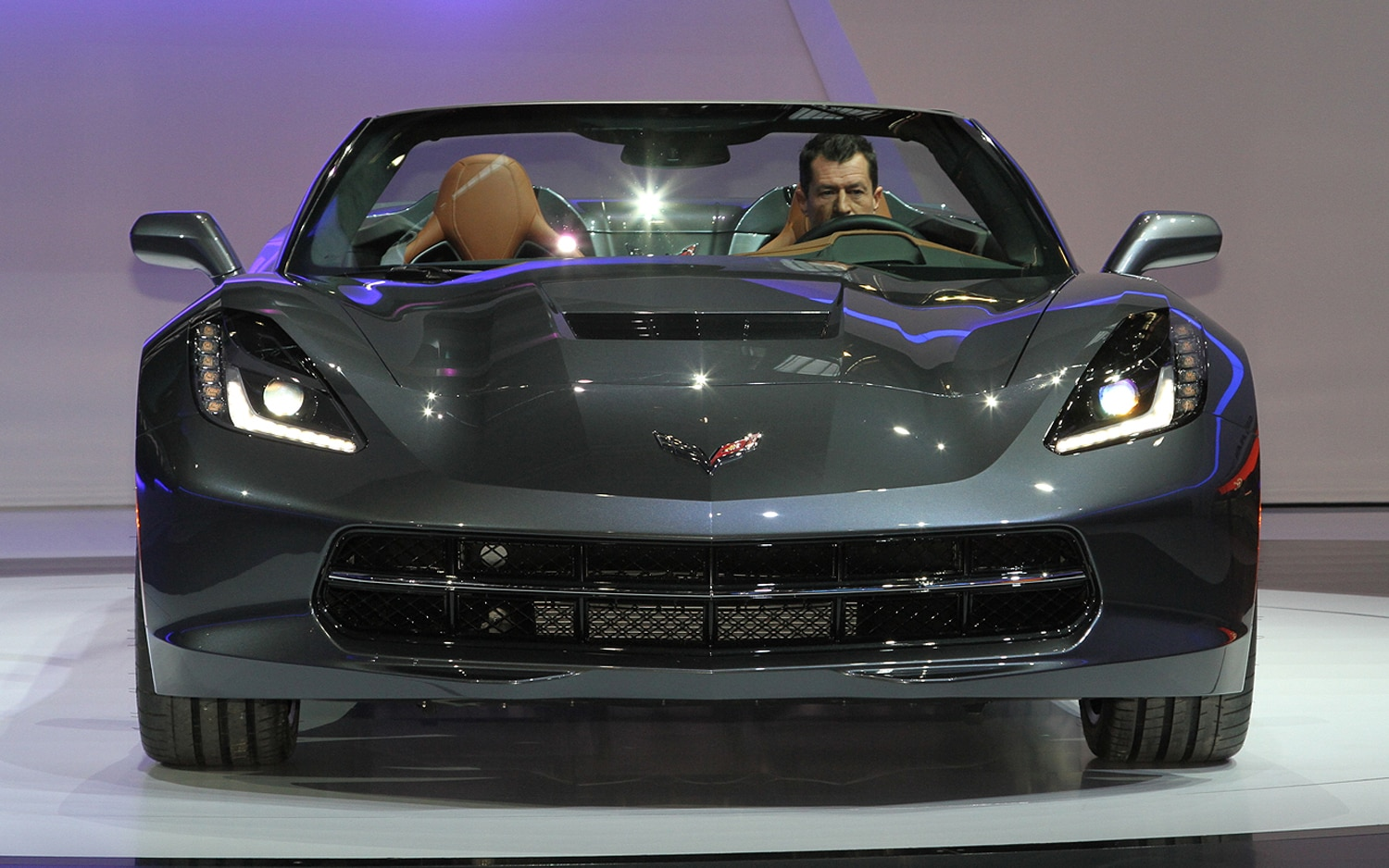 2014 chevrolet corvette stingray convertible front grille