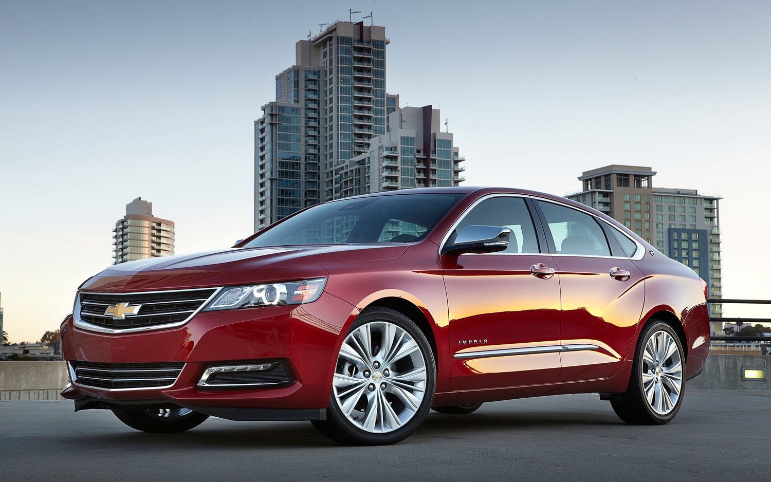 2014 Chevrolet Impala Left Front Angle1
