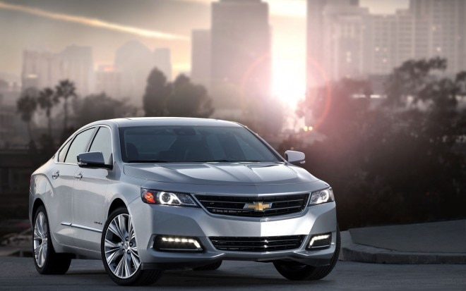 2014 Chevrolet Impala Front Right View1 660x413
