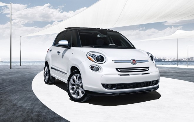 2014 FIat 500L Lounge Right Front1 660x413