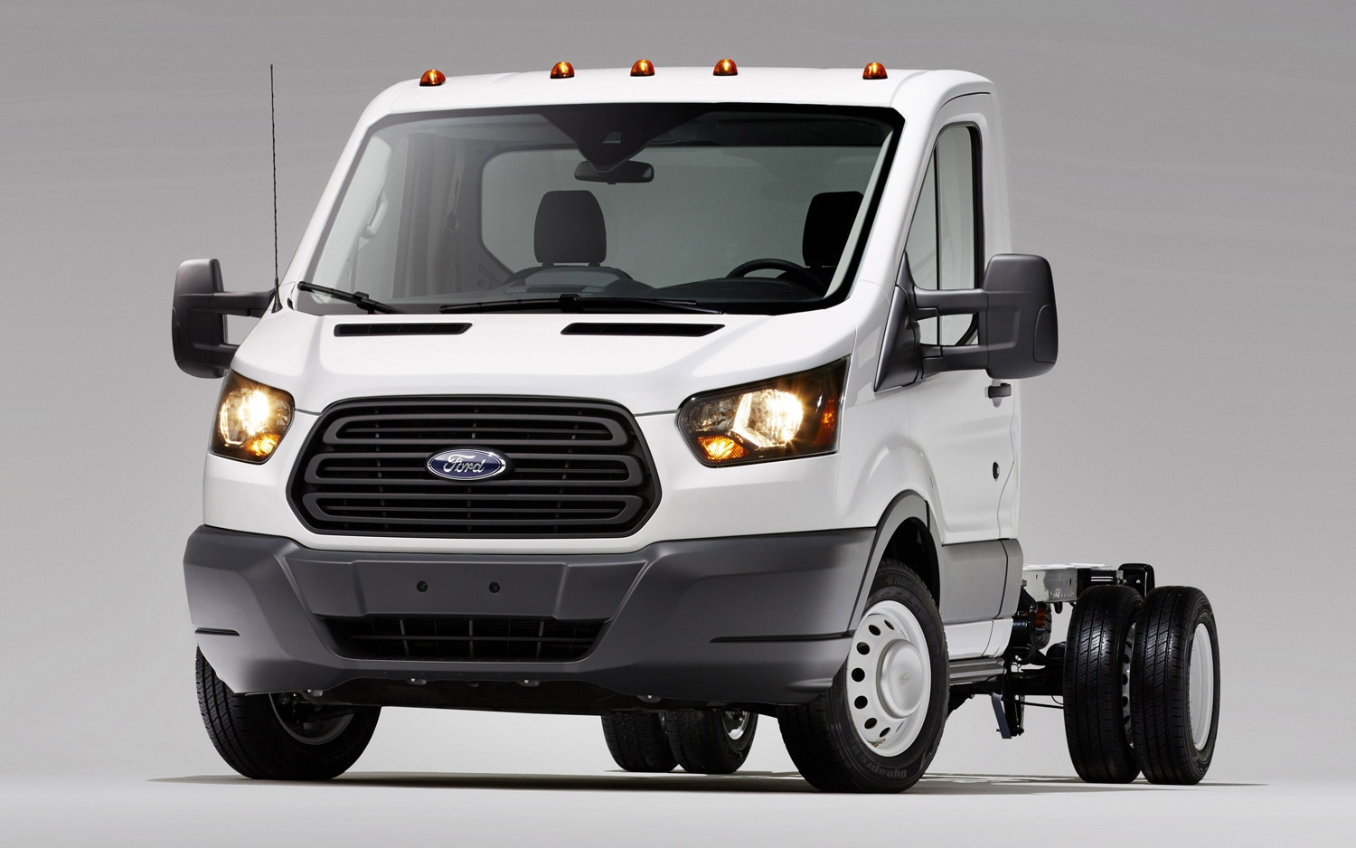 2014 Ford Transit Chassis Front Three Quarter1