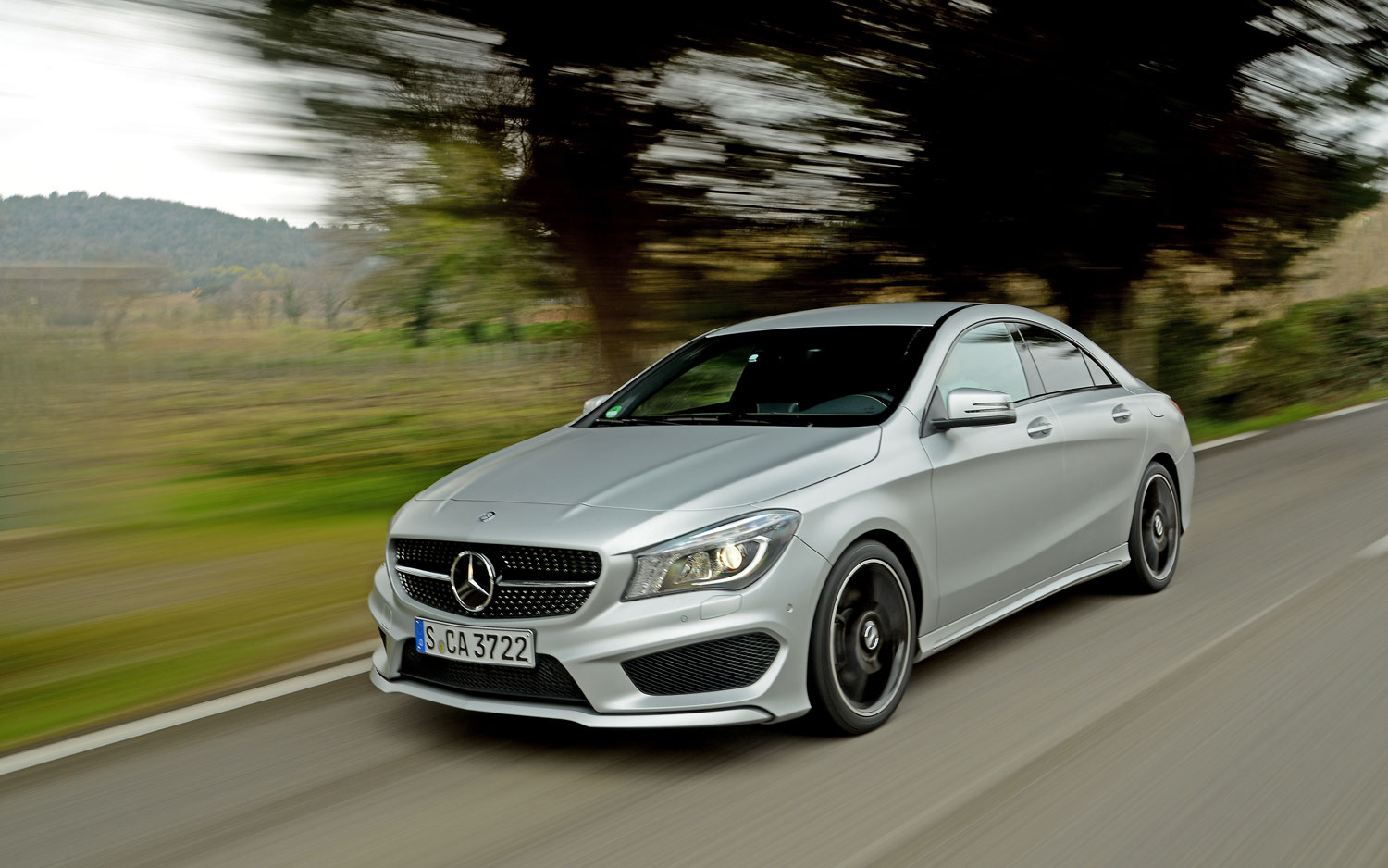 2014 Mercedes Benz CLA250 Front Left View1