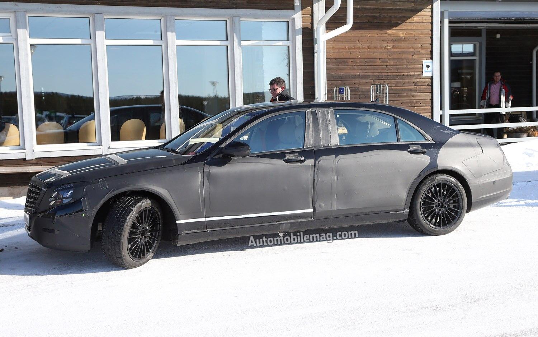 2014 Mercedes Benz S600 XLWB Front Three Quarter1