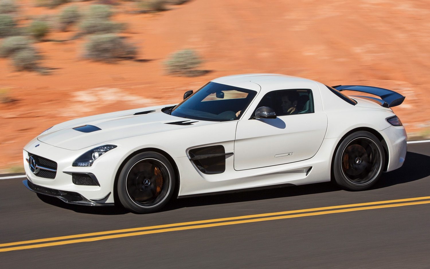 2014 Mercedes Benz SLS AMG Black Series Side Motion In White1
