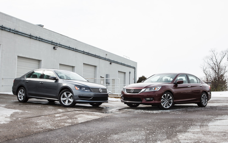 Family Sedan Comparo Final Four Volkswagen Passat Vs Honda Accord 11