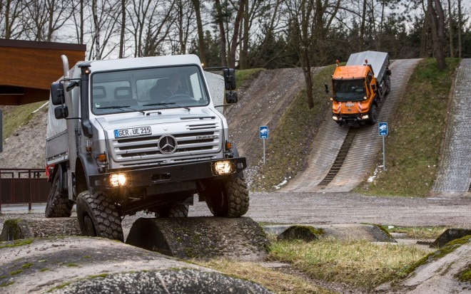 Mercedes Benz Unimog U4000 Front End 21 660x413