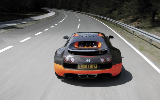 2011 Bugatti Veyron 16 4 Super Sport Rear In Motion1 660x413