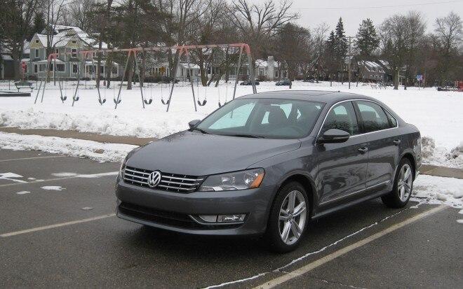 2012 Volkswagen Passat TDI Front Left View1 660x413