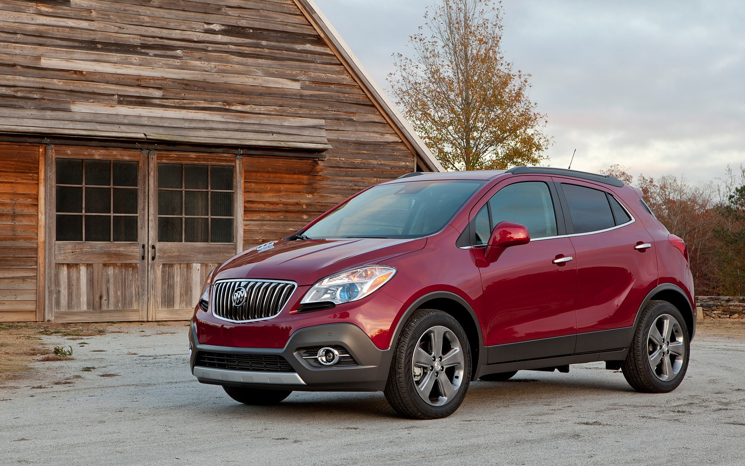 2013 Buick Encore Front Three Quarter Static1